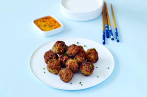 Yum-cha-inspired-gluten-free-fish-balls-with-dipping-sauce